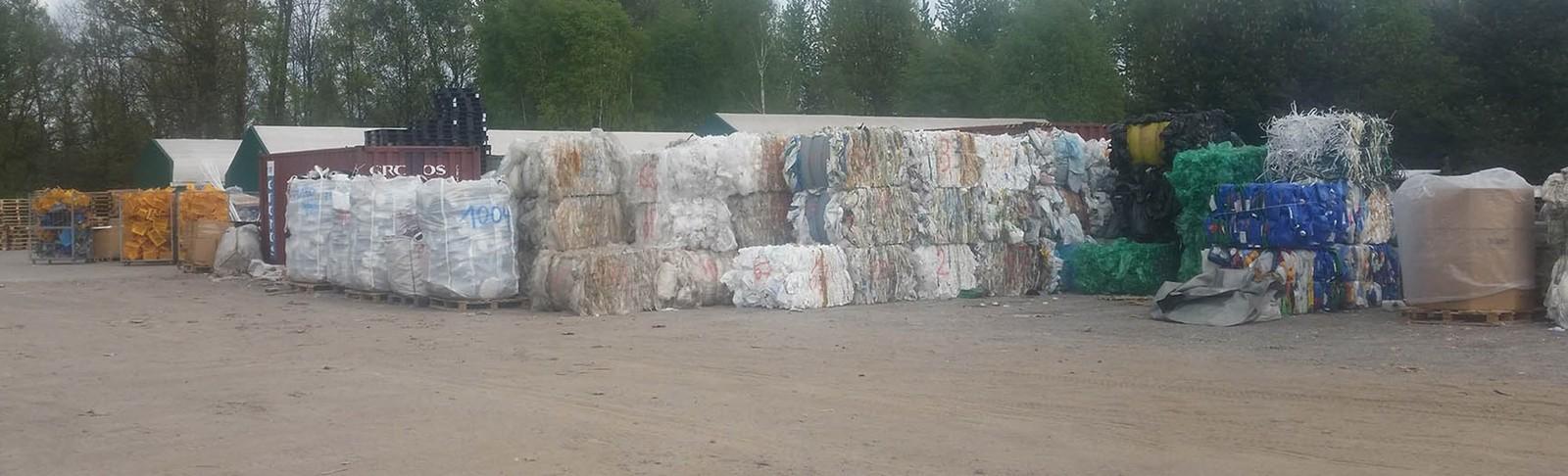 Odbiór makulatury,odpadów z tworzyw sztucznych i sprzedaż przemiałów